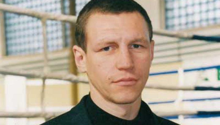 Олександр ЗУБРИХІН, учасник Олімпійських Ігор 2000 року в Сіднеї, майстер спорту міжнародного класу України з боксу, шестиразовий чемпіон України, володар Кубка Європи 1999 року, третій призер чемпіонату Європи 2000 року