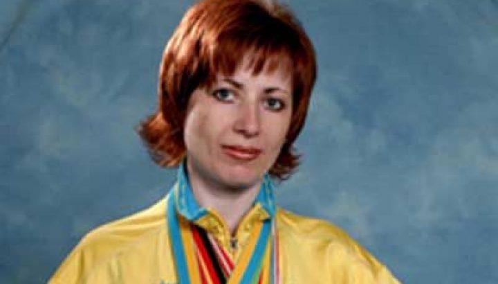 Валентина ЦЕРБЕ-НЕСІНА, бронзова призерка Олімпійських Ігор 1994 року, заслужений майстер спорту України з біатлону, бронзова призерка чемпіонатів світу 1996, 1997 рр.